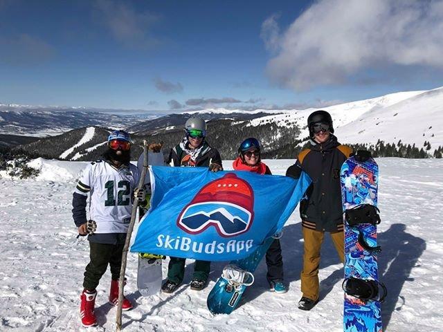 ski buds app