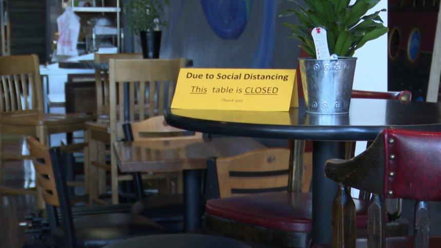 covid social distancing restaurant