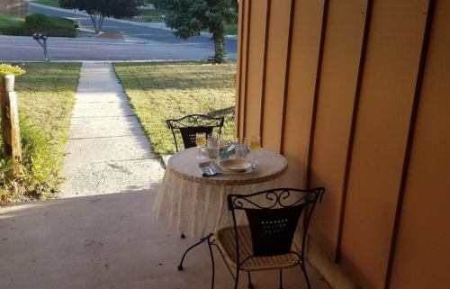 Woman hosts free date nights at her Colorado Springs home