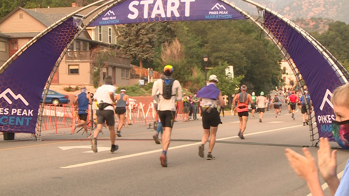 2020 Pikes Peak Marathon starting line