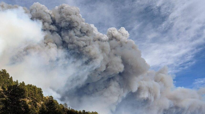 cameron peak fire smoke cloud
