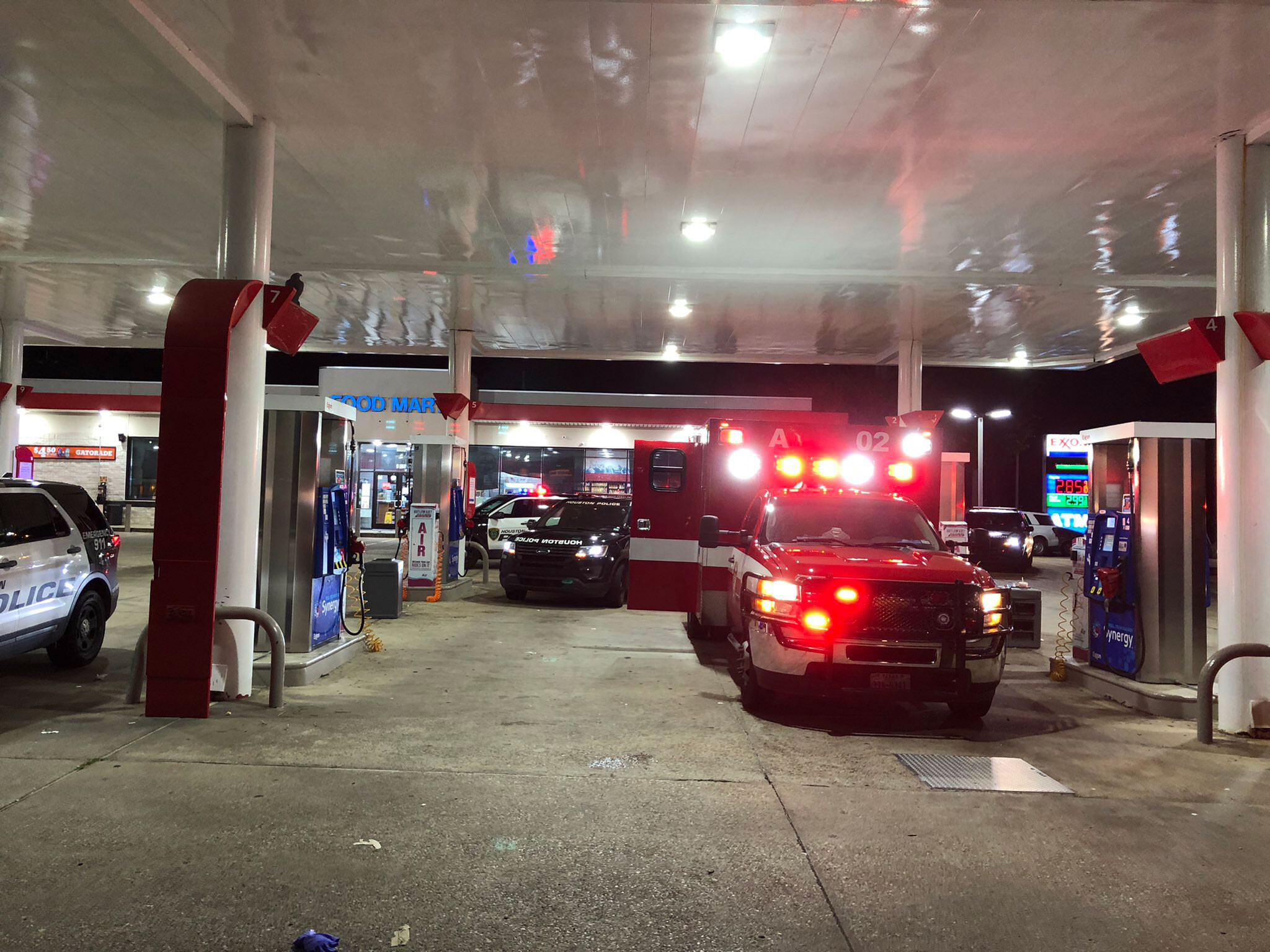 <i>Houston Police Department</i><br/>Houston Fire paramedics were taking a hit-and-run victim to the hospital when they were blocked.
