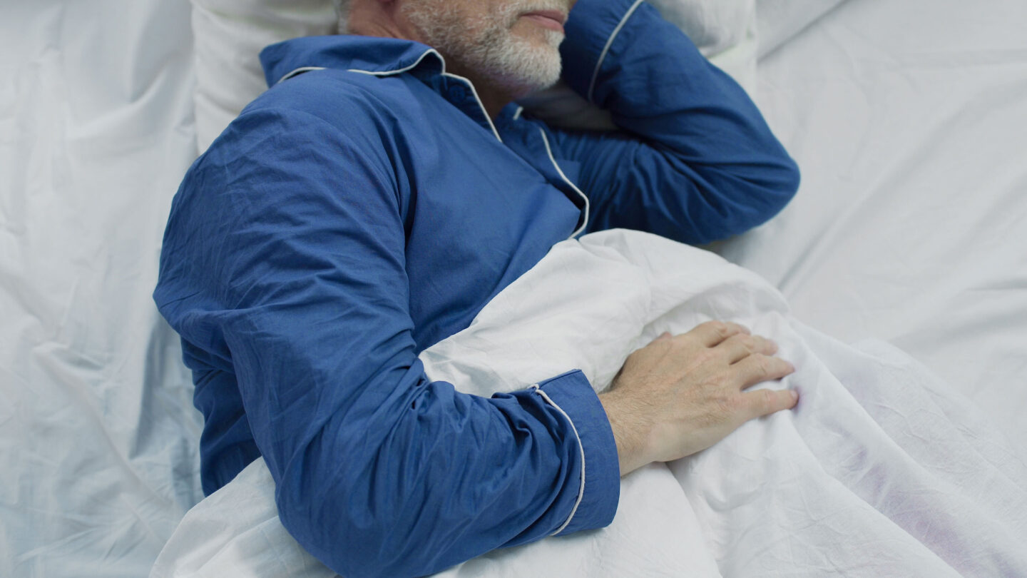 <i>Shutterstock</i><br/>Sleeping for too little or too much time could have varying effects on older adults' brain health