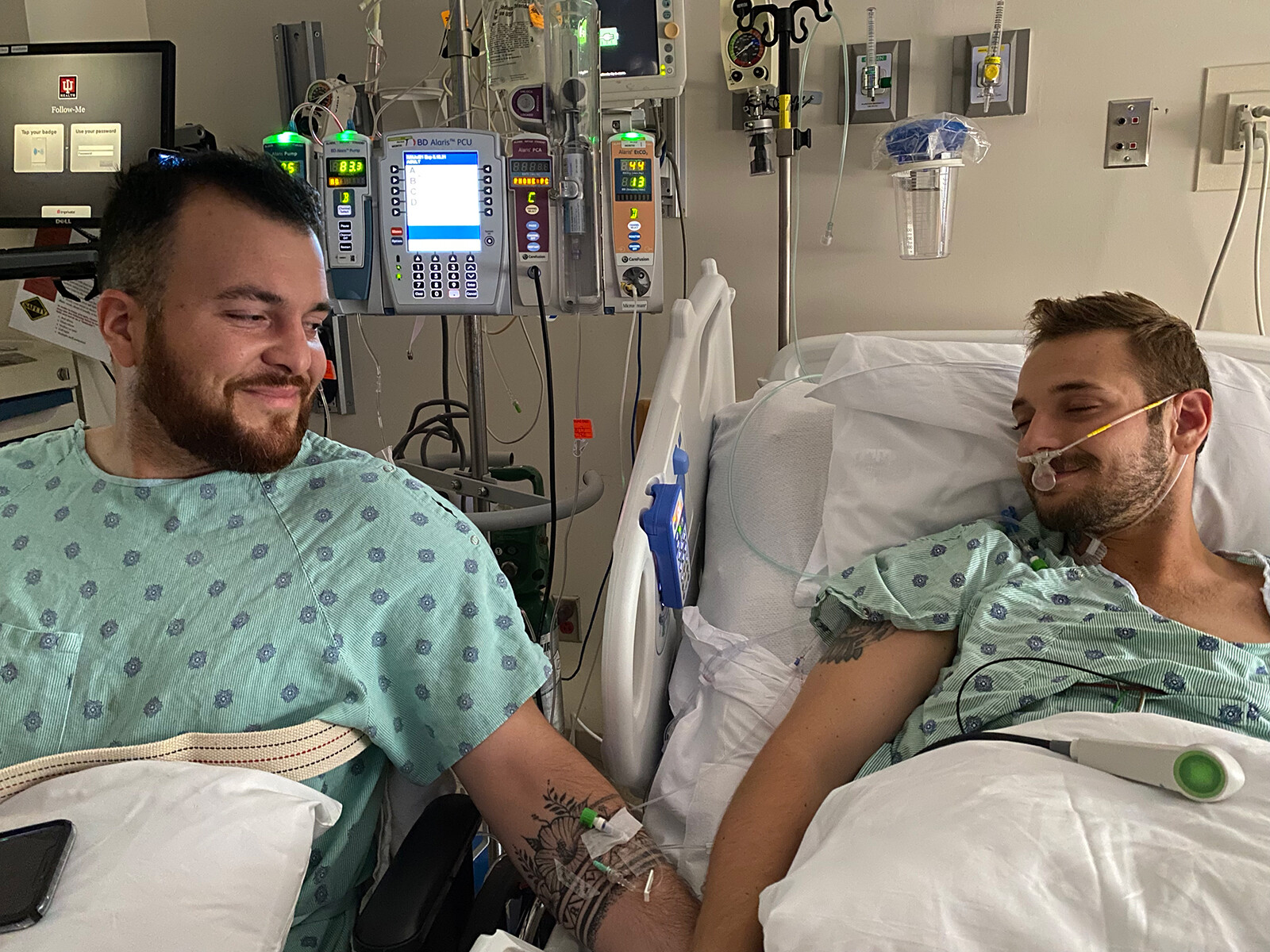 <i>Courtesy Reid Alexander and Rafael Diaz</i><br/>The day after their surgeries at Indiana University Health